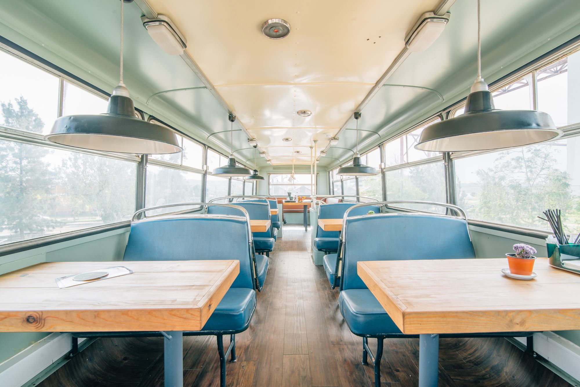 Buzz Lisboeta, a restaurant inside a bus at Village Underground Lisboa